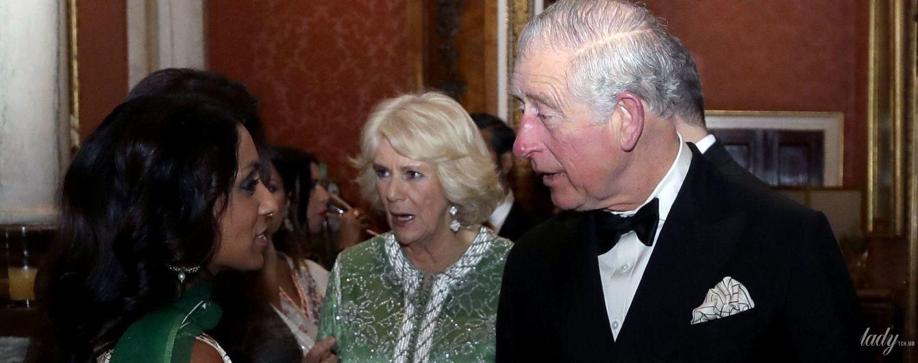 В красивом вечернем платье: герцогиня Корнуольская на приеме в Букингемском дворце