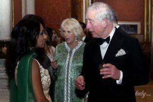В красивій вечірній сукні: герцогиня Корнуольська на прийомі в Букінгемському палаці