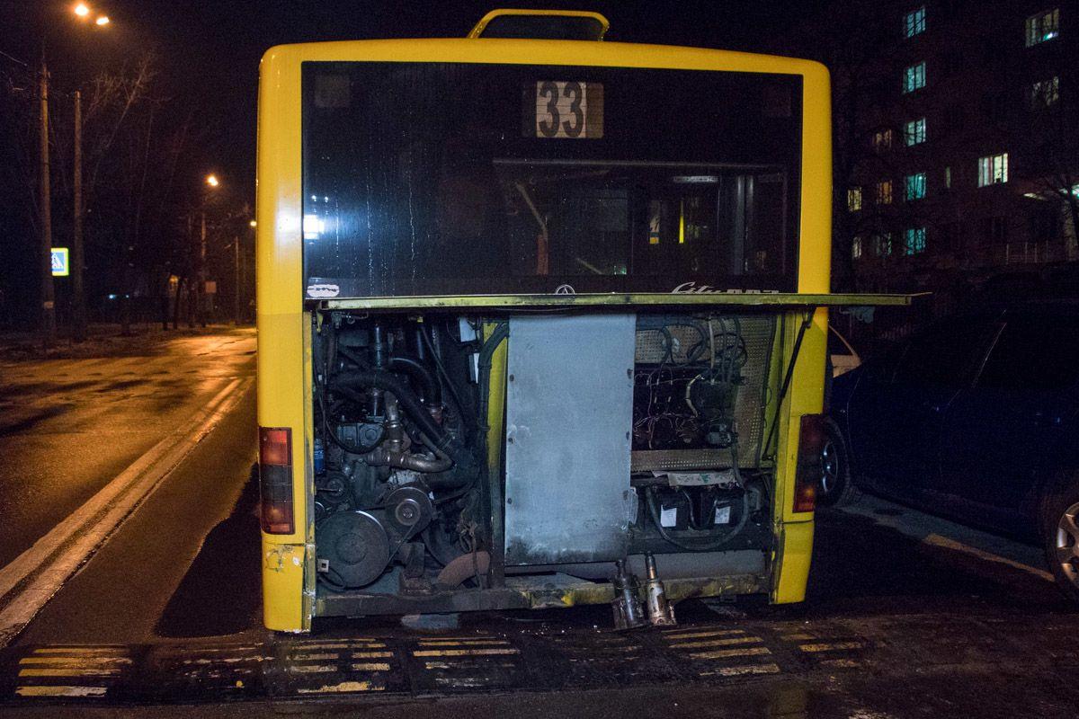 київ, розвалився автобус