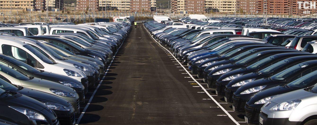 """Дизели и """"евробляхи"""". Какие подержанные авто украинцы регистрировали в январе"""