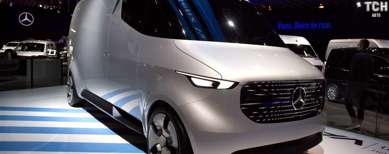 Tesla возьмется за электрические фургоны Mercedes Sprinter
