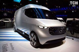 Tesla візьметься за електричні фургони Mercedes Sprinter