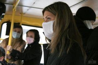 Україну атакує грип: чиновники звітують про десятки смертей