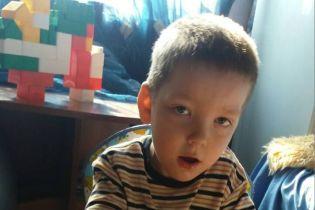 Родители Игоря просят финансовой помощи на лечение сына