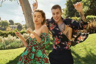 Напівоголений Бібер та Болдвін у весільній сукні знялись у першій спільній фотосесії