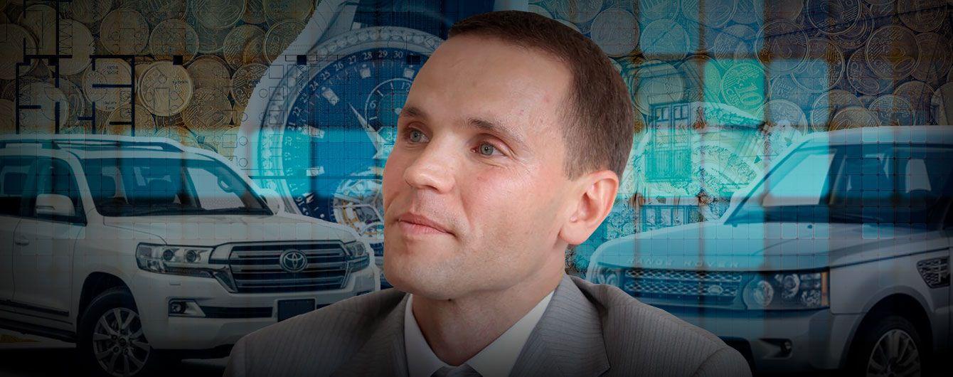 Мільйони готівкою, коштовності і благодійні внески: декларація кандидата у президенти Дерев'янка
