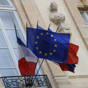 Франция вслед за Германией прекращает экспорт оружия в Турцию