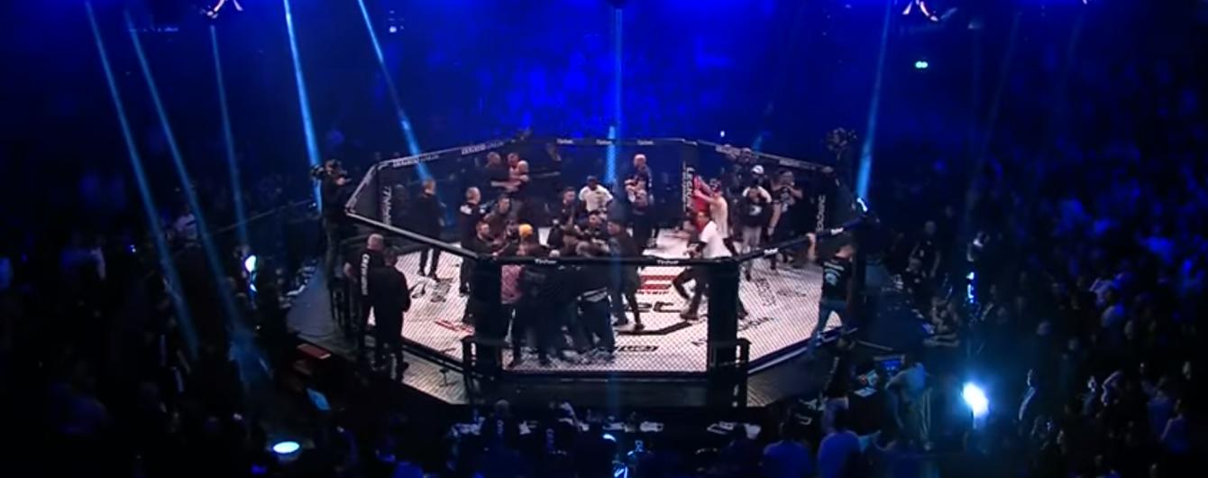 Титульный бой на турнире по MMA в Германии завершился массовой дракой