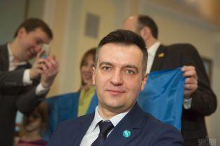 Еще один кандидат в президенты готов снять свою кандидатуру в пользу Гриценко