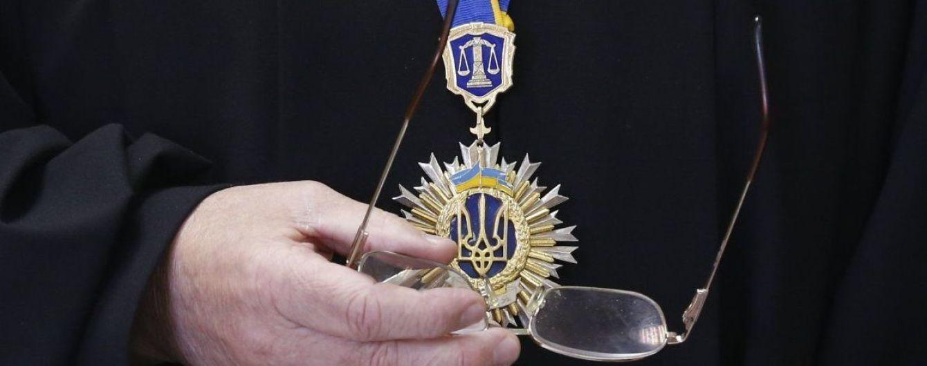 Генпрокуратура будет просить меру пресечения для четырех судей ВККС - Луценко