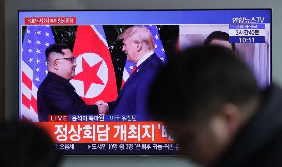 Санкції зберігаються: Трамп хоче значних кроків денуклеаризації КНДР