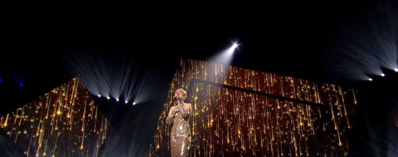 """Зваблива VERA KEKELIA посвітила оголеною спиною на нацвідборі на """"Євробачення-2019"""""""