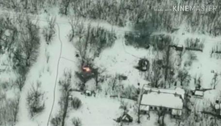 У мережі оприлюднили відео знищення українськими військовими БМП бойовиків на Світлодарській дузі