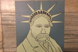 Порізані вандалом незвичайні картини Шевченка виставлять в декількох містах України