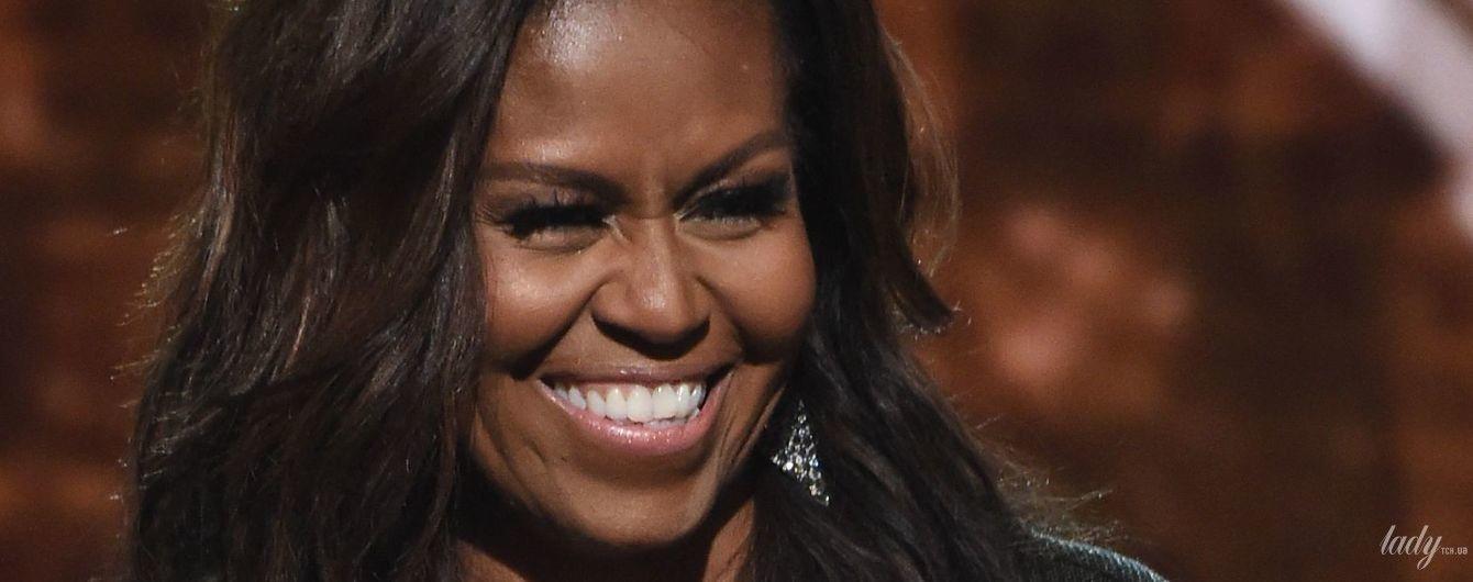 """Має блискучий вигляд: Мішель Обама в красивому образі та зі зворушливою промовою на церемонії """"Греммі-2019"""""""