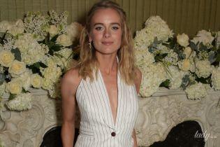 В белом мятом костюме: бывшая подруга принца Гарри - Крессида Бонас, на вечеринке в Лондоне