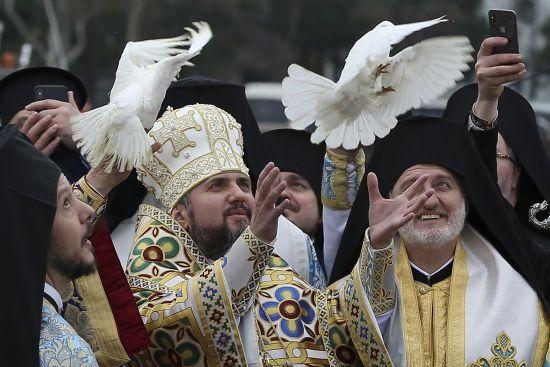 """Епіфаній назвав """"історичним моментом"""" визнання ПЦУ Олександрійським патріархатом"""