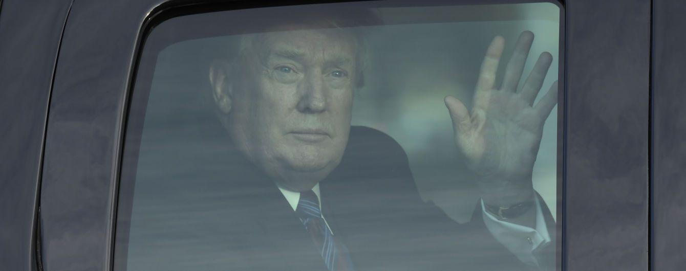 Трамп позитивно відгукнувся щодо переговорів із Китаєм і заговорив про скасування мита