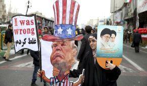 """Вигуки """"Смерть Америці"""" і возвеличення влади. В Ірані святкують 40-річчя Ісламської революції"""