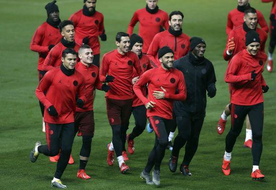 """ПСЖ - """"Манчестер Юнайтед"""", """"Порту"""" - """"Рома"""". Букмекери назвали фаворитів у матчах Ліги чемпіонів"""