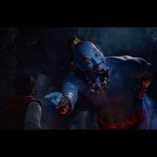 """Синьошкірого Вілла Смітта у трейлері """"Алладіна"""" порівняли з Аватаром і Шреком"""