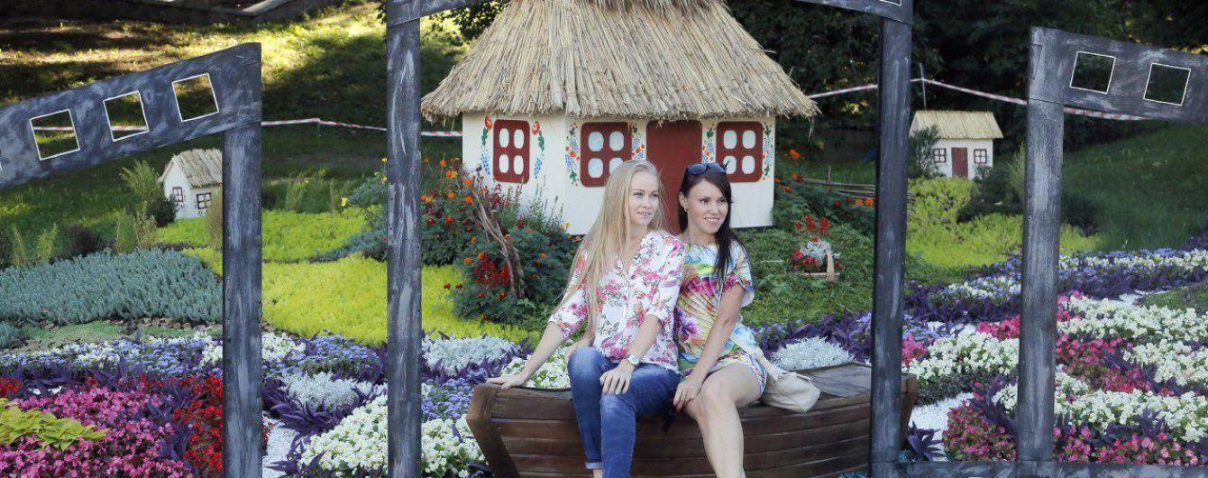 Порошенко хоче залучити до України понад 30 мільйонів іноземних туристів
