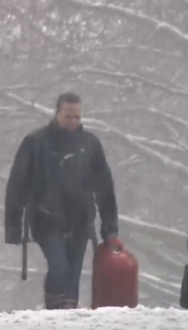 В аеропорту Сіетла насипало 50 сантиметрів снігу
