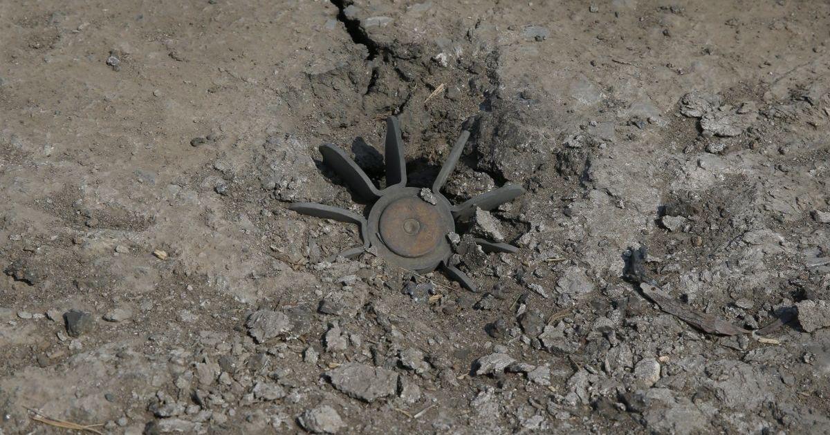 Оккупанты хаотично минируют подступы к передовой на Донбассе – разведка