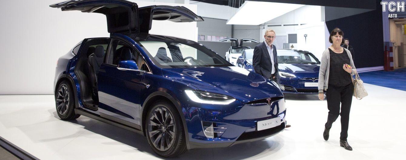 Tesla выпустит удешевленные Model S и Model X