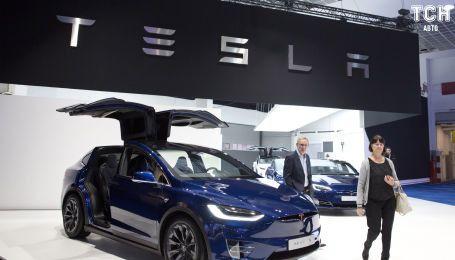 В России женщина отсудила в Tesla $320 тысяч