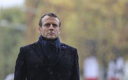 Скандал довкола AUKUS: Макрон обіцяє повернути французького посла до США