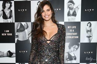 В бюстгальтере и мини-платье: Сара Сампайо на вечеринке в бутике Victoria's Secret