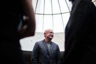 На место умершего Маккейна в Сенат США будет баллотироваться бывший астронавт