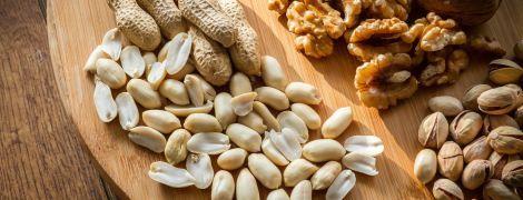 В Аргентине женщину выгнали из самолета, когда узнали о ее аллергии на орехи