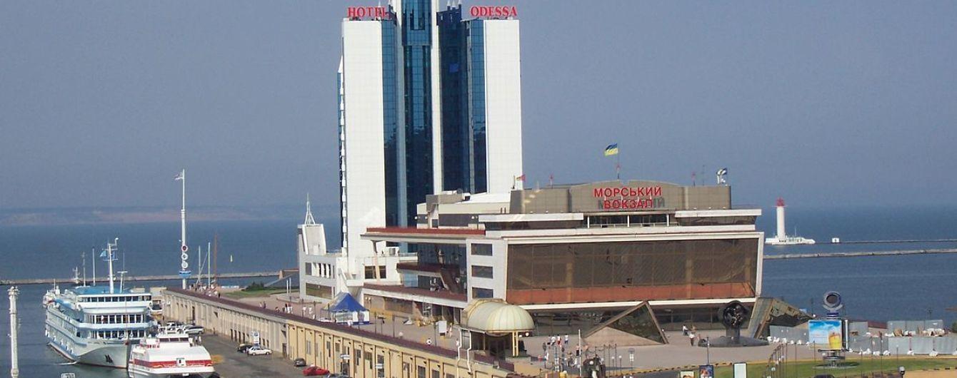 Круїзні компанії скасували частину суднозаходжень в Одеський порт через пандемію COVID-19