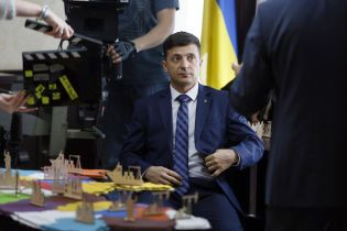 """Зеленский лидирует, Порошенко и Тимошенко идут нога в ногу – опрос """"Рейтинга"""", КМИС и Центра Разумкова"""