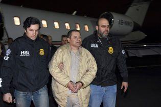 Наркобарон Эль Чапо перед приговором суда передал права на собственное имя жене