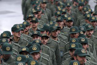 """В Иране связанные с """"Аль-Каидой"""" террористы взорвали автобус с военными: 20 погибших"""