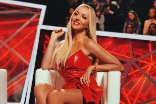 Сексапильная Полякова в нижнем белье показала ягодицы и себя в 18 лет