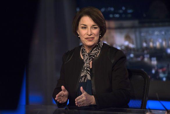 Емі Клобуша