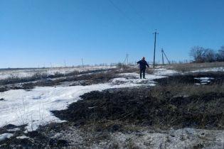 Боевики обстреляли бригаду ремонтников, которые пытались возобновить электроснабжение на Луганщине