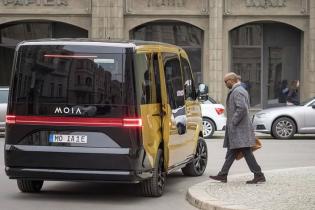 Volkswagen создал электрофургоны для инновационного такси-сервиса