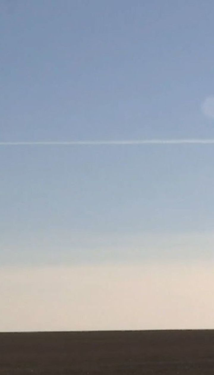 Над Азовським морем постійно курсують невідомі літаки