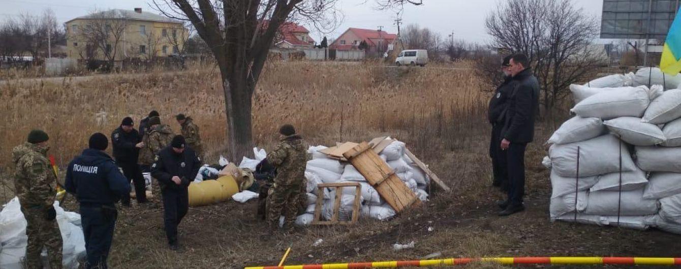 Бутафорія замість блокпоста біля Дніпра: зброя виявилася муляжем