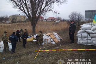 Бутафория вместо блокпоста возле Днепра: оружие оказалось муляжом