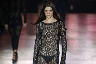 Кроше и другие ажурные ткани: тенденции моды сезона весна-лето 2019