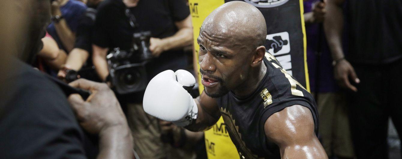 СМИ назвали соперника Мейвезера после возвращения на ринг