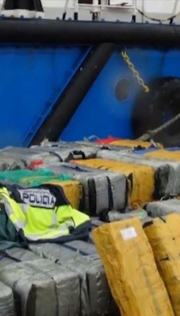 На кораблях в Атлантиці вилучили понад три тонни кокаїну та заарештували українців