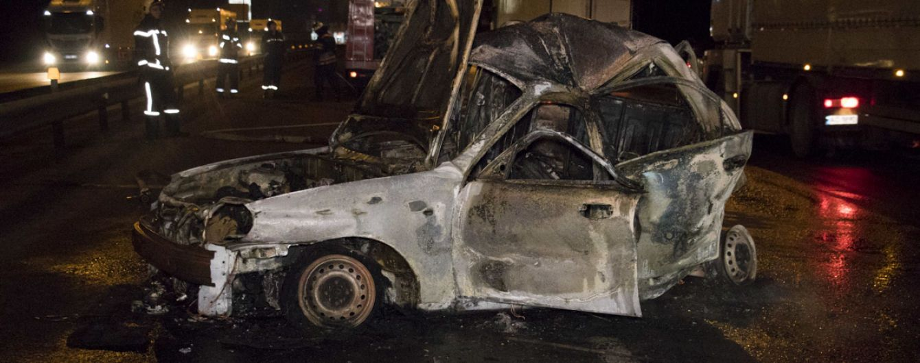 В Киеве во время аварии в такси заживо сгорел пассажир