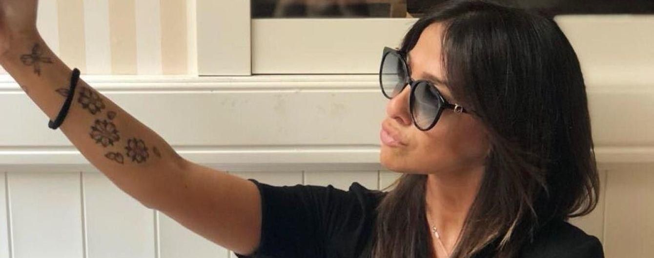 """Італійський футболіст присоромив красуню-матір через """"качині"""" селфі в Instagram"""